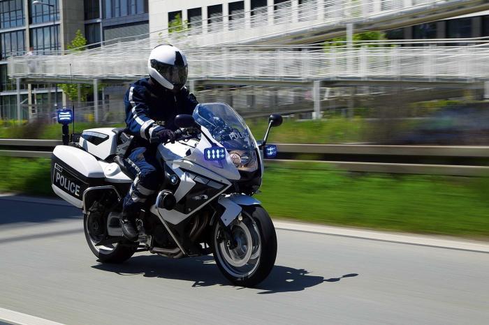 bmw-special-moto-2014-2