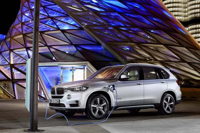 BMW-X5-xDrive40e-7