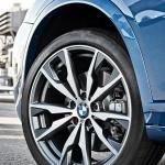 2017-BMW-X4-M40i-63