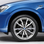 2017-BMW-X4-M40i-88