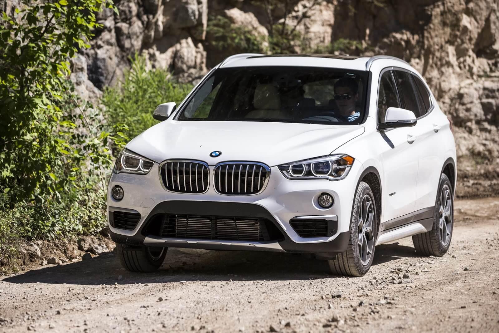 BMW X1 F48 краш тест IIHS