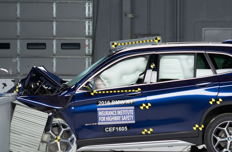 BMW X1 F48 краш тест